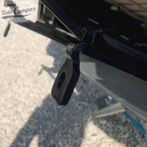 En Fiat Ducato hay que quitar la lengüeta de metal frontal