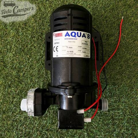 Bomba de agua Fiamma a 12v autoaspirante de presión. Bomba silenciosa gracias a sus bases antivibraciones