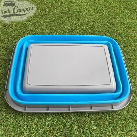 Cesto plegable azul con asa perfecto para guardar en cualquier sitio de tu furgoneta