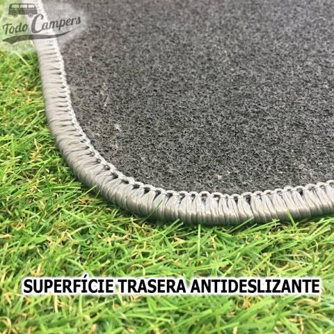 Alfombrilla con moqueta 100% fibra de polipropileno con base rugosa antideslizante para furgonetas Iveco Daily 2000-2006