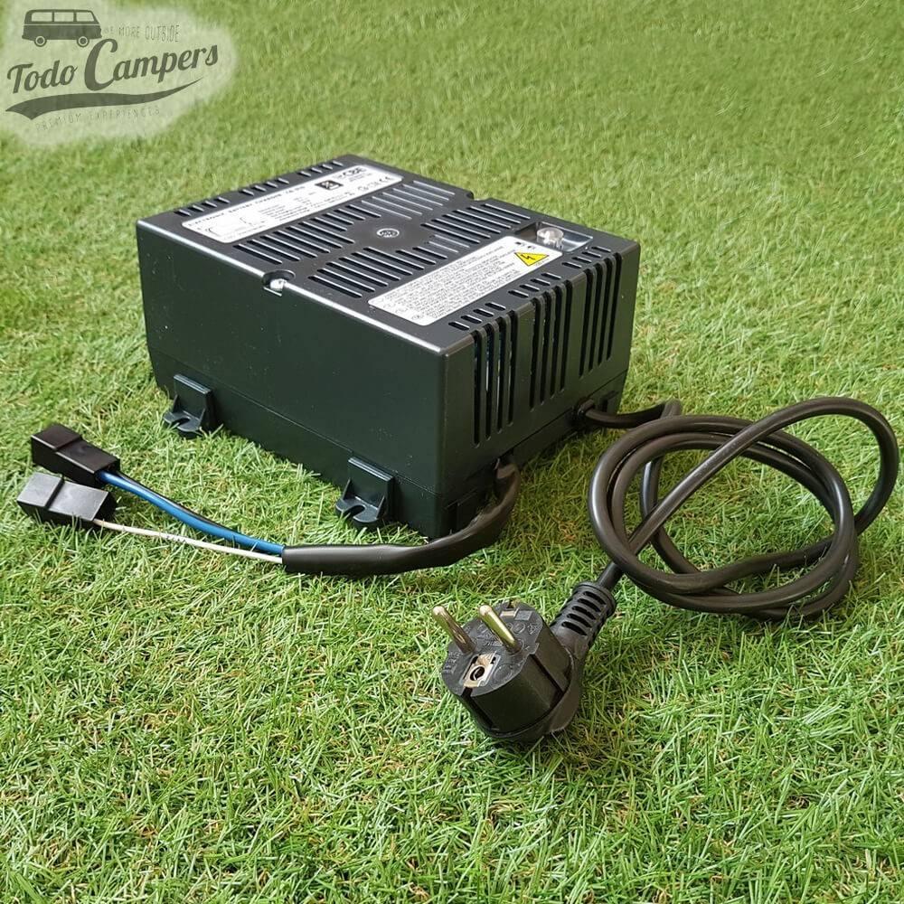 Cargador de Batería Fijo 16 A CBE 516 (60-200Ah)