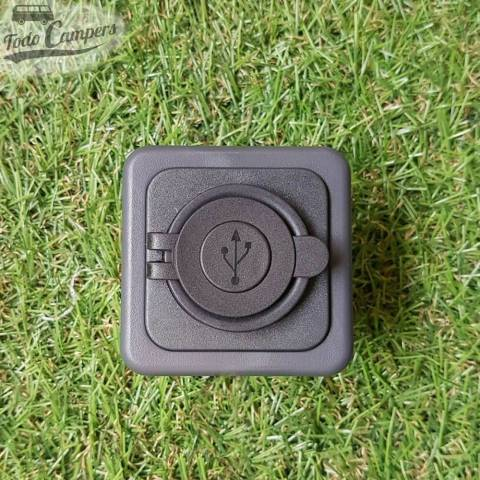 Toma USB doble con tapa y marco embellecedor - Color gris oscuro - Vision frontal