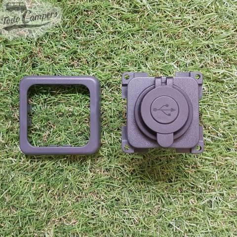 Piezas de la toma USB doble con tapa y marco embellecedor - Color gris oscuro