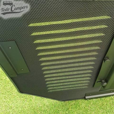 Detalle de la rejilla de ventilación de las furgonetas con Chasis X83