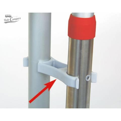 Clip de sujeción adicional o sustitutivo de tu portabicicletas Fiamma. Permite que el conjunto se mantenga plegado
