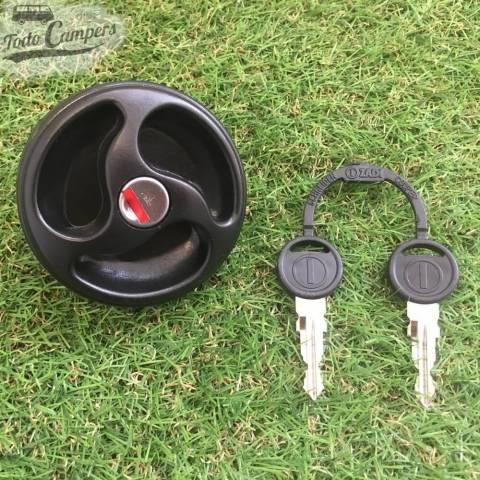 Bocana de agua con tapón (con llave) - Color Negro - Juego de llaves ZADI - Vista Frontal
