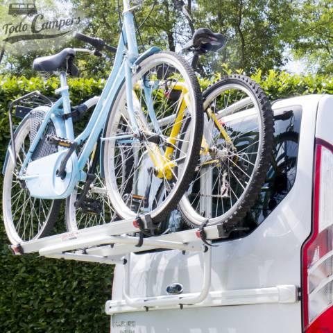 Transporta dos bicicletas ampliable a tres.