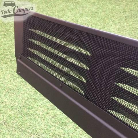 Detalle de mosquitera de aluminio negro para Air Vent de Vito 96-03