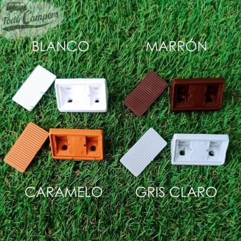 Escuadra disponible en varios colores