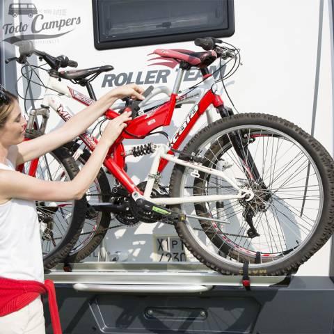 Colocación del portabicicletas Fiamma Carry Bike PRO C
